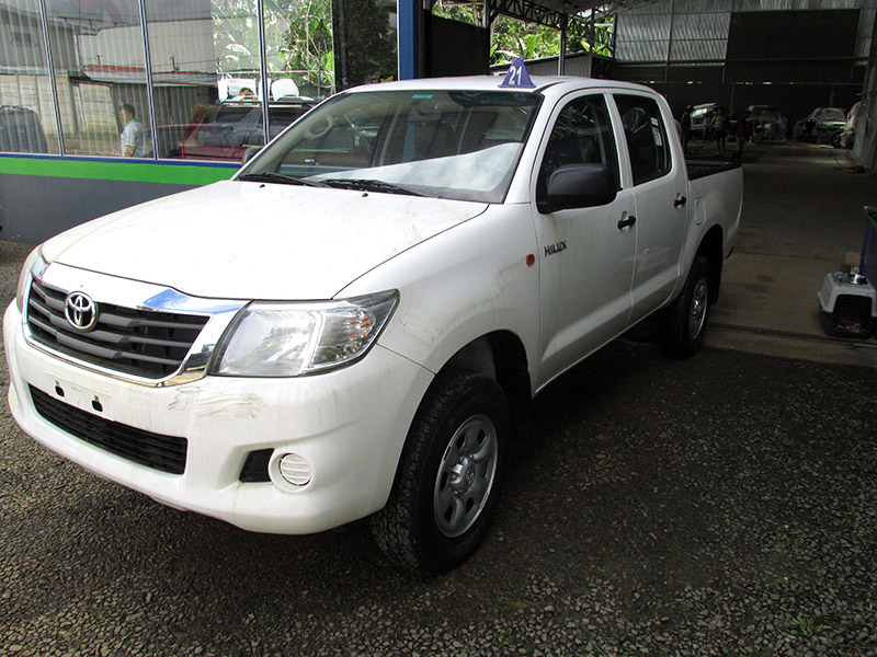 Before-Pulido Hilux